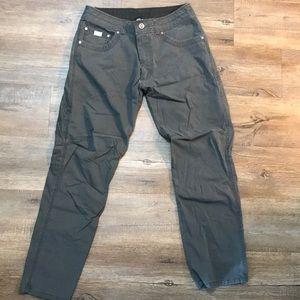 """Kuhl """"REVOLVR"""" pant size: 32x30"""